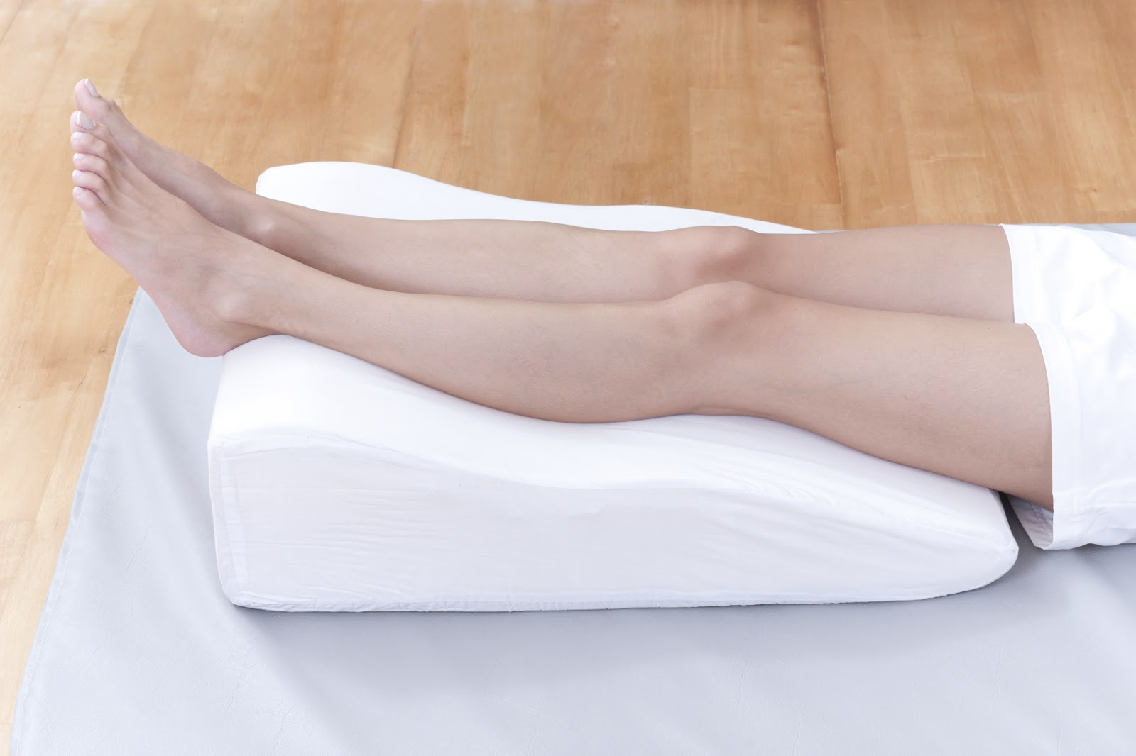 elevating legs - varicose treatment
